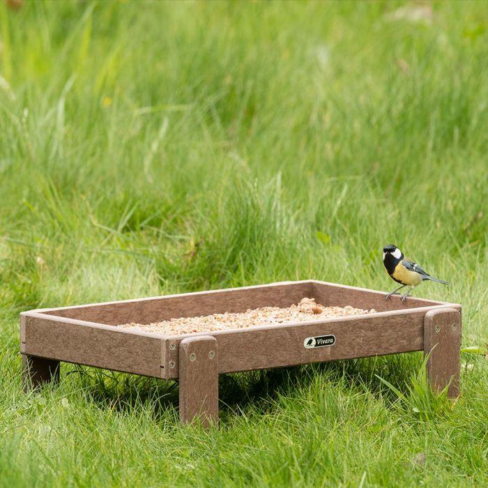 Adamello Recycled Ground Feeding Table