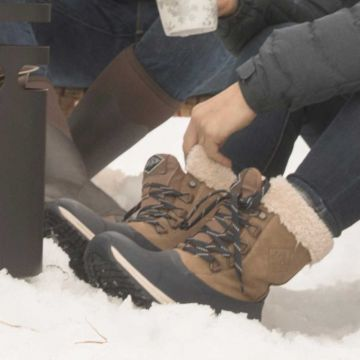 Womens Arctic Après Leather Lace-Up Short Boots